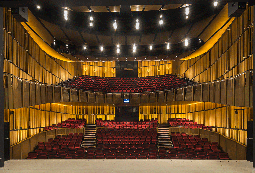 New-theatre-interior