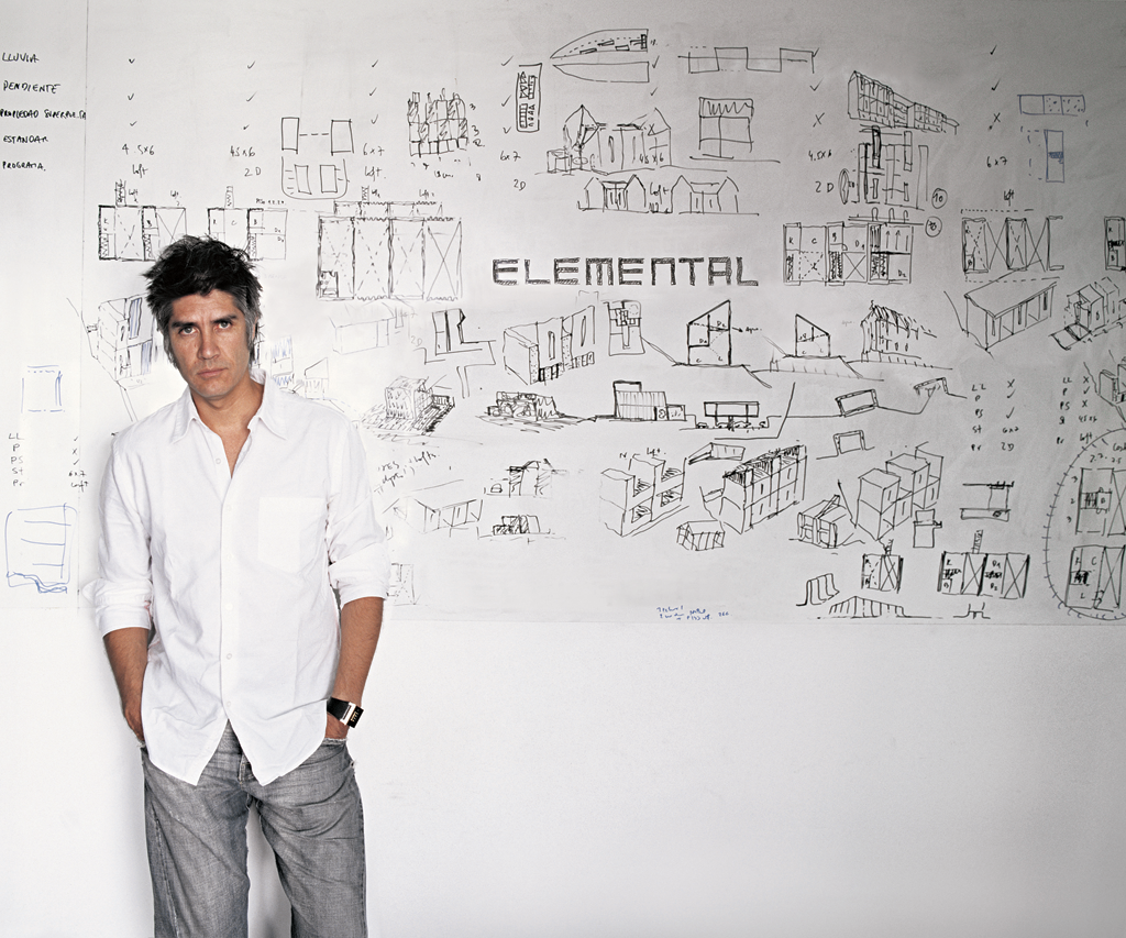 Portrait d'Alejandro Aravena. Photo : Cristobal Palma