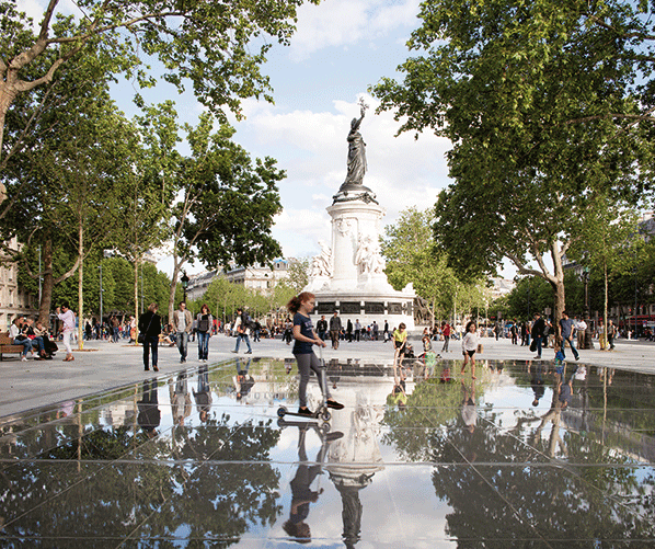 © TVK / TVK, place de la République, Paris, 2013