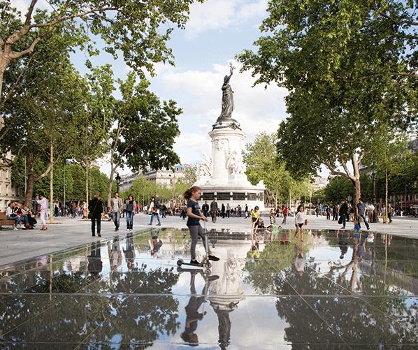 © TVK / TVK, place de la République, Paris, 2013