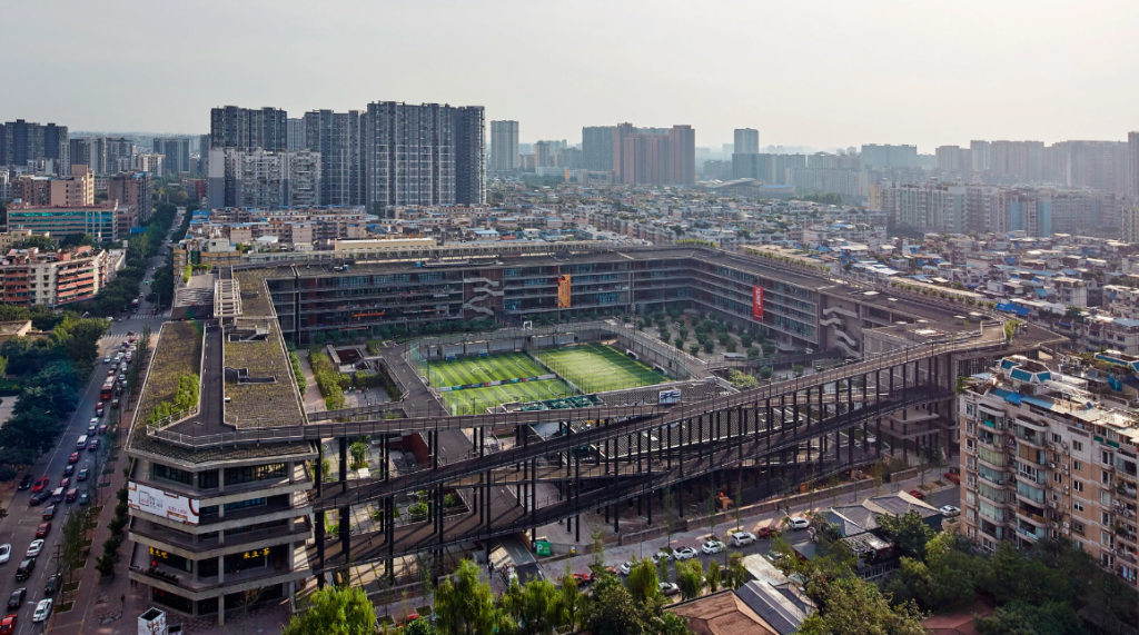 West Village Basis Yard, Chengdu, 2014 © ARCHEXIST. JIAKUN ARCHITECTS