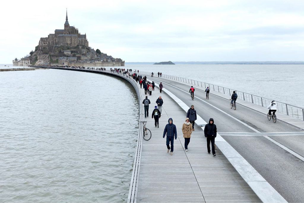 Jetée du Mont Saint Michel ©DR