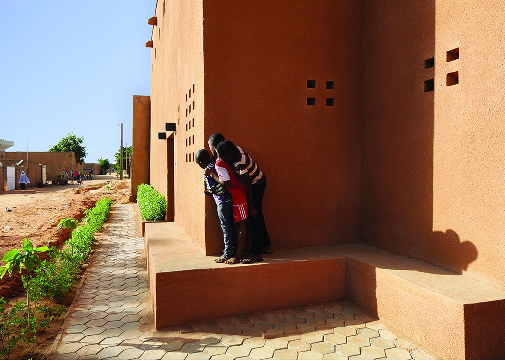 Niamey 2000 Housing, façade sud © united4design