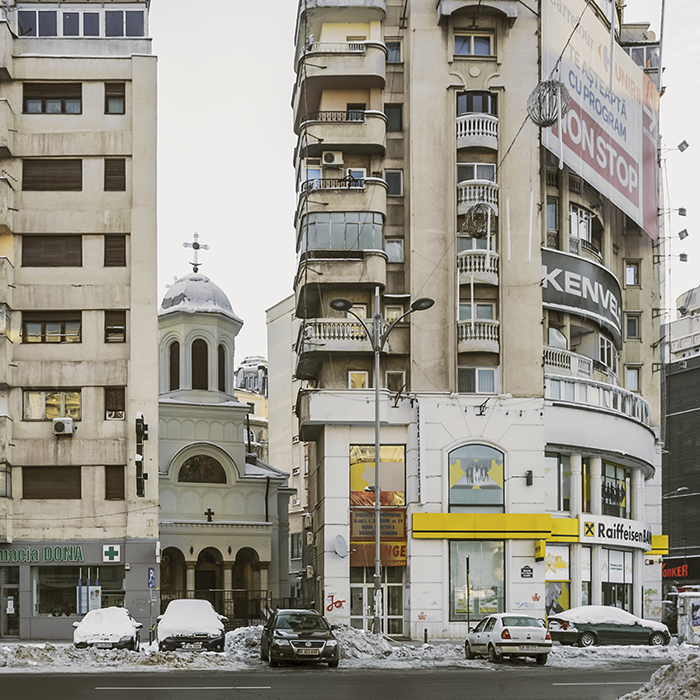 Anton Roland Laub, Église Saint-Jean-Nouveau, Bucarest, série « Mobile Churches », 2013-2017. Avec l'aimable autorisation de l'artiste.