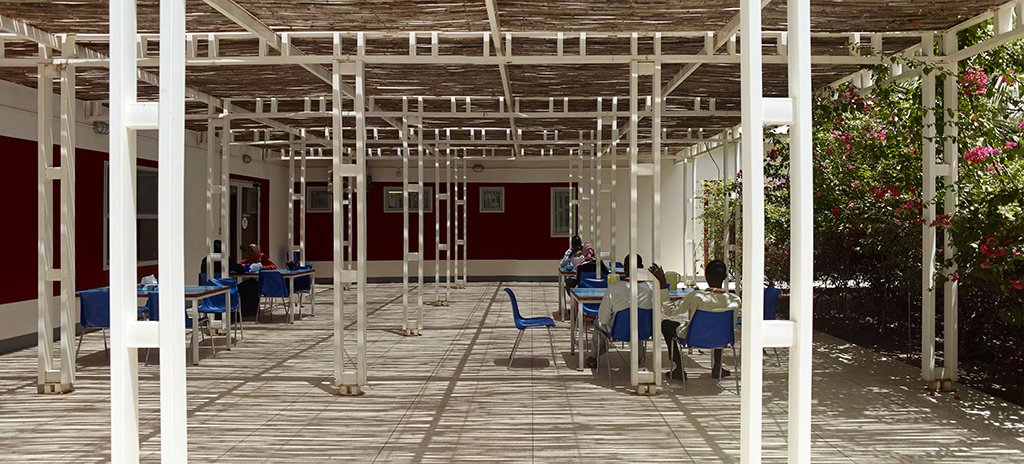 Le centre de chirurgie cardique Salam, une collaboration entre Casalgrande Padana et TAMassociati © AKAA - Cemal Emden