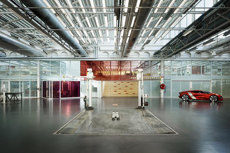Réaménagement des locaux du Pôle design Renault, Guyancourt (78) ©Takuji Shimmura