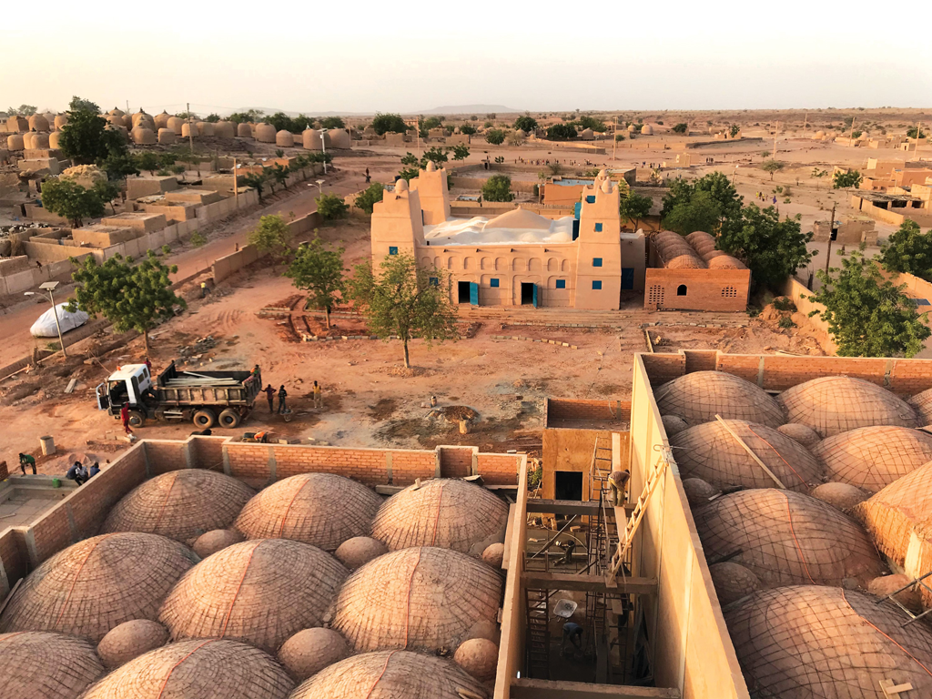 Complexe culturel, Dandaji, Niger © Mariam Kamara, Yasaman Esmaili