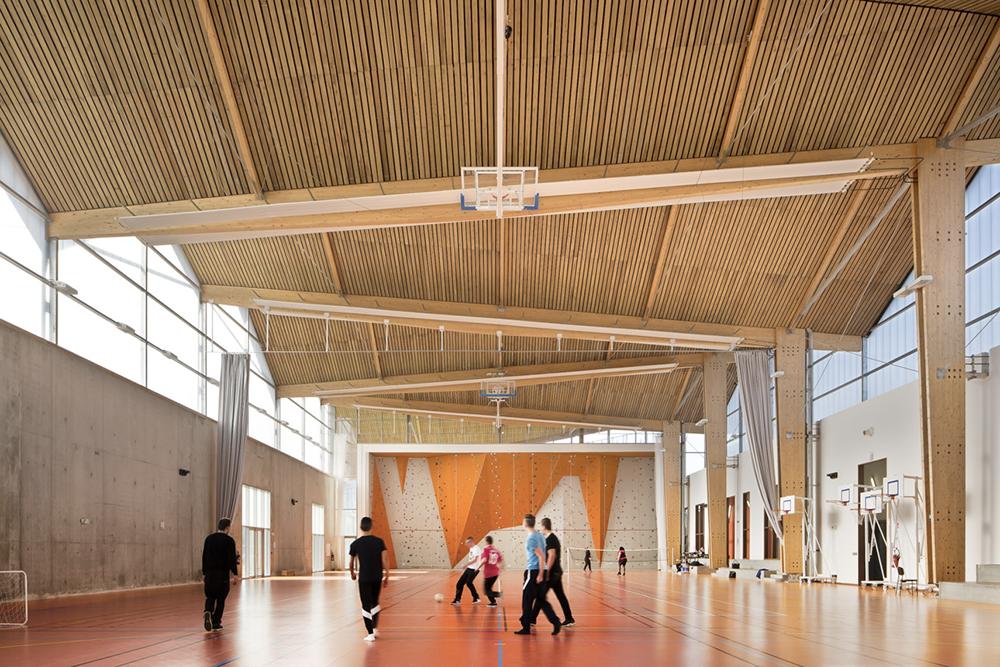 Lycée Louise Michel, Girors, 2015 © Sergio Grazia