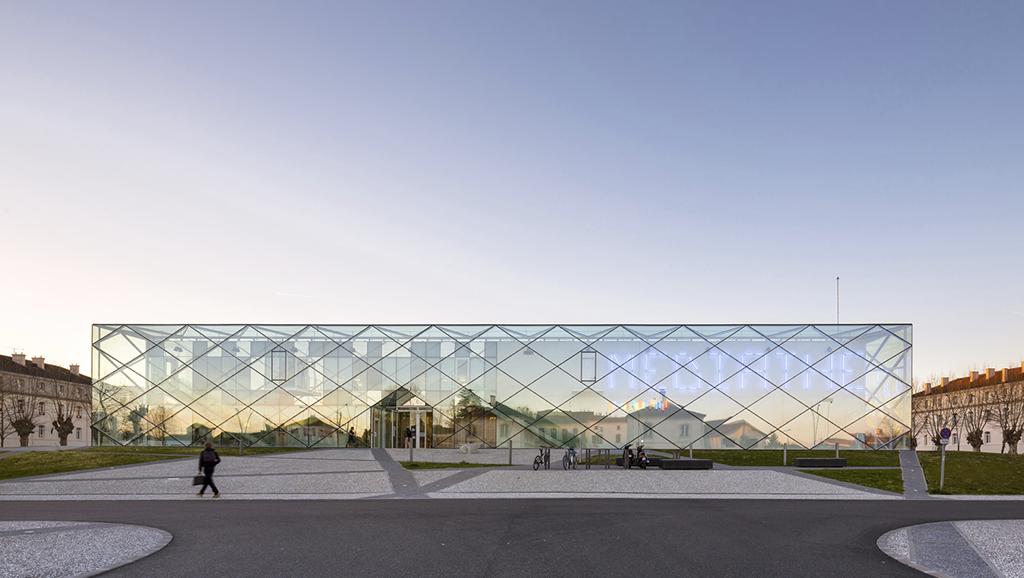 Mediatheque in Mont de Marsan, 2012. © Sergio Grazia