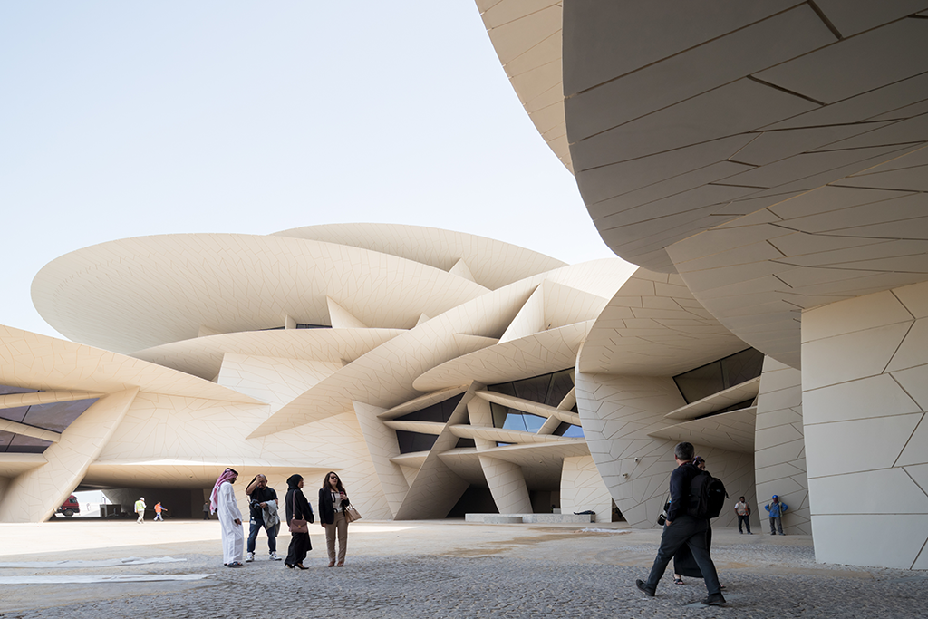 The new National Museum of Qatar designed by Ateliers Jean Nouvel © Iwan Baan