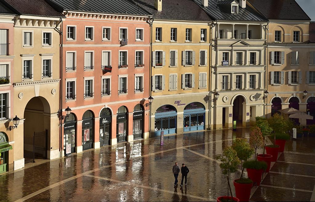 Place de Toscane © Bernard Durand-Rival