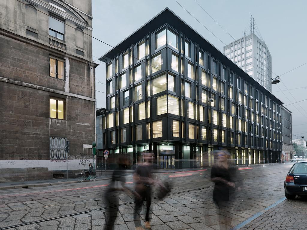 """La Serenissima"" office building , Milan, 2012 © Andrea Martiradonna"