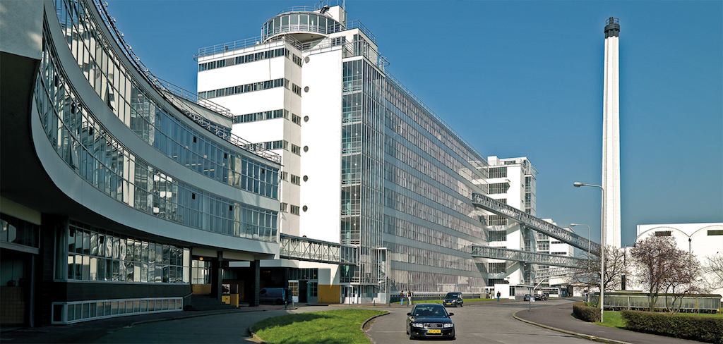 Van Nelle factory in Rotterdam, rehabilitated by Wessel de Jonge Architecten in 2004.