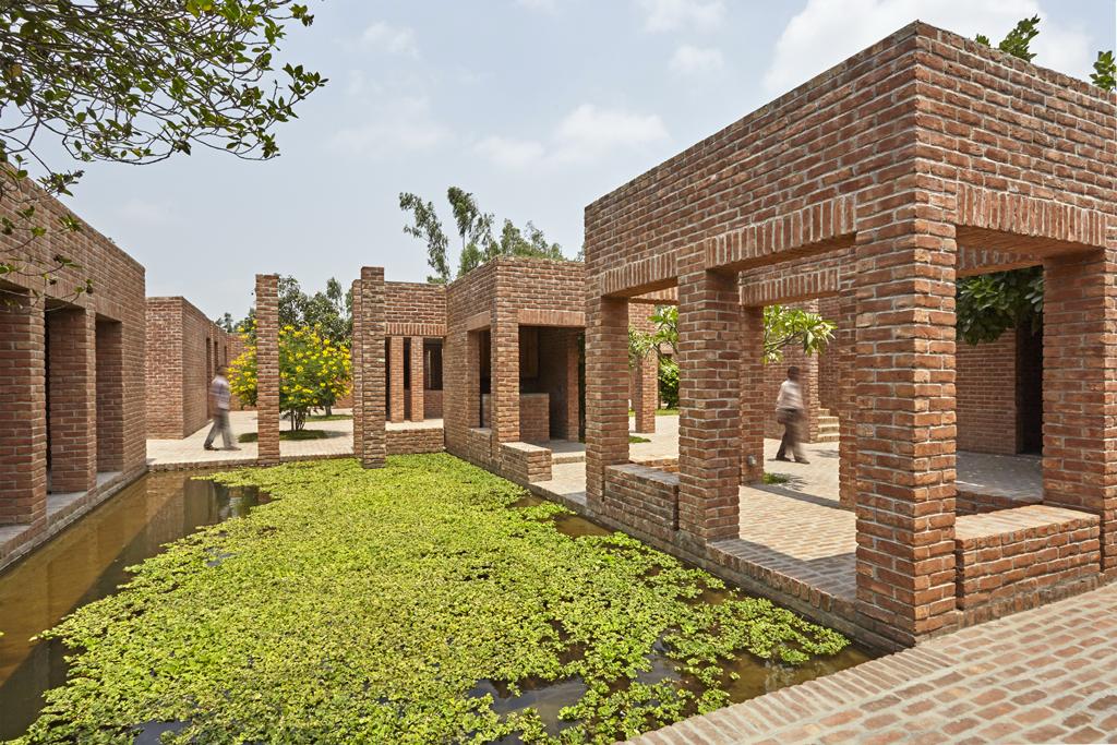 Friendship Centre, Gaibandha, Bangladesh, 2010 © Aga Khan Trust for Culture / Rajesh Vora