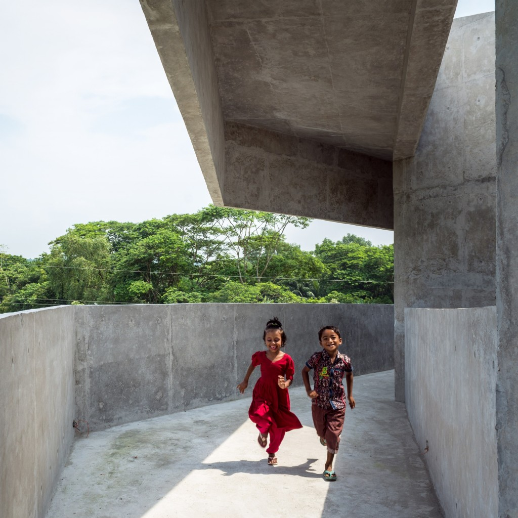 Abri anti-cyclone, Kuakata, sud-est du Bangladesh © Kashef Chowdhury