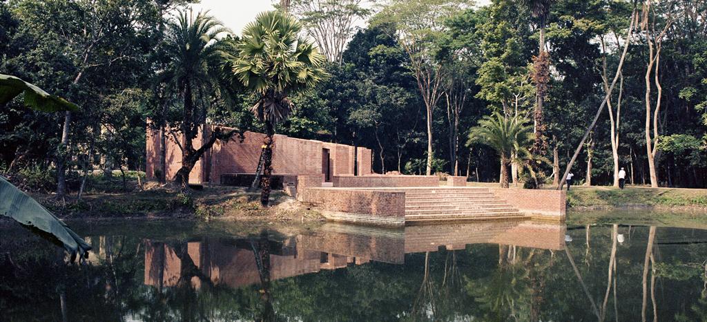 Agarpur Mosque, Barisal, Bangladesh © Kashef Chowdhury
