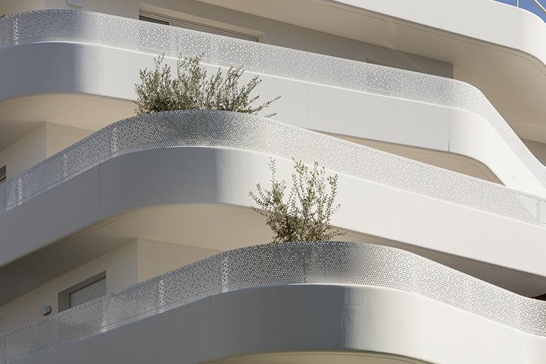 La Crique, Marseille - PietriArchitectes © Luc Boegly