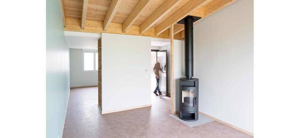 Pièce à vivre - 4 logements seniors, centre bourg de Lagney (54), Bagard & Luron, 2016 © Benoit Bost