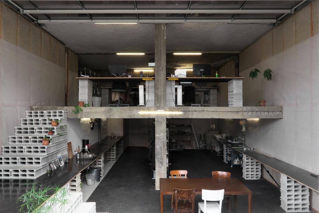 Réhabilitation d'un garage en bureaux, Toulouse © BAST