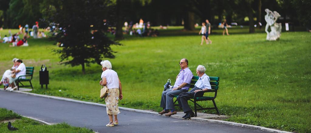séniors-personnes-agées-retraite-retraitée-images-photos-gratuites-1560x1040