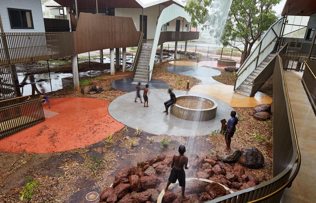 Iredale Pederson Hook, Walumba Elders Centre, Warmun, Australia, 2015 © Peter Bennetts