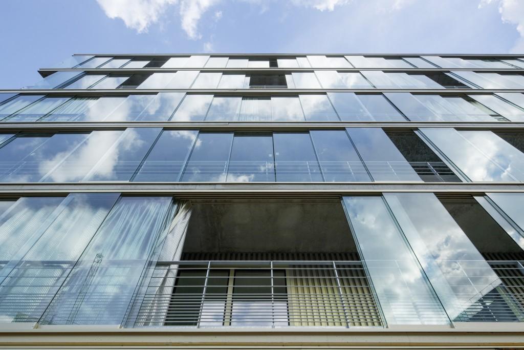 Construction des logements collectifs Montmartre Housing, Paris (juin 2016).  Architectes : Atelier Kempe Thill (Mandataire) - FRES Architectes (Associé) ©TECHNAL - photographe U. SCHWARZ