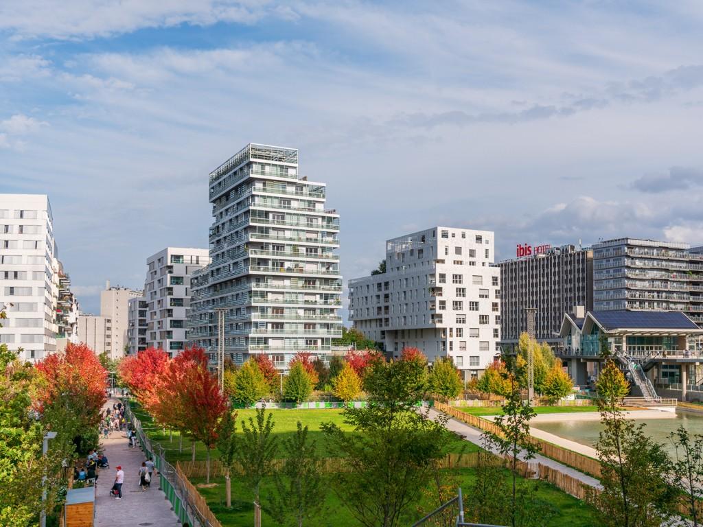 Une nouvelle place pour la nature en ville ? l'éco-quartier Clichy-Batignolles. Photos 2 et 3: atelier philéas, gausa + raveau. Photos © Pierre Chatel-Innocenti