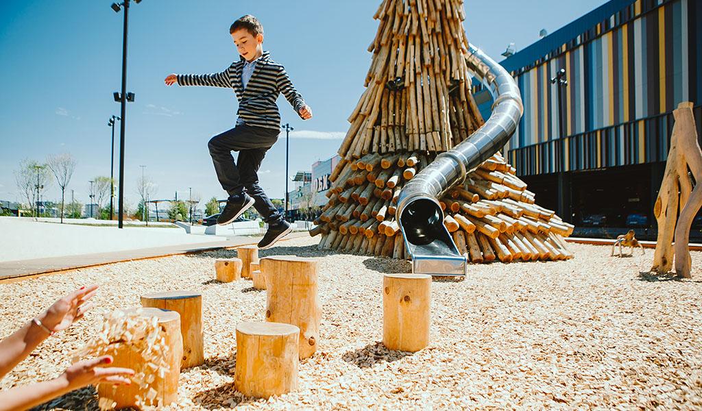 """""""Creaking Stumps"""" , Yekaterinburg, 2019 © Valentina Shumilova"""