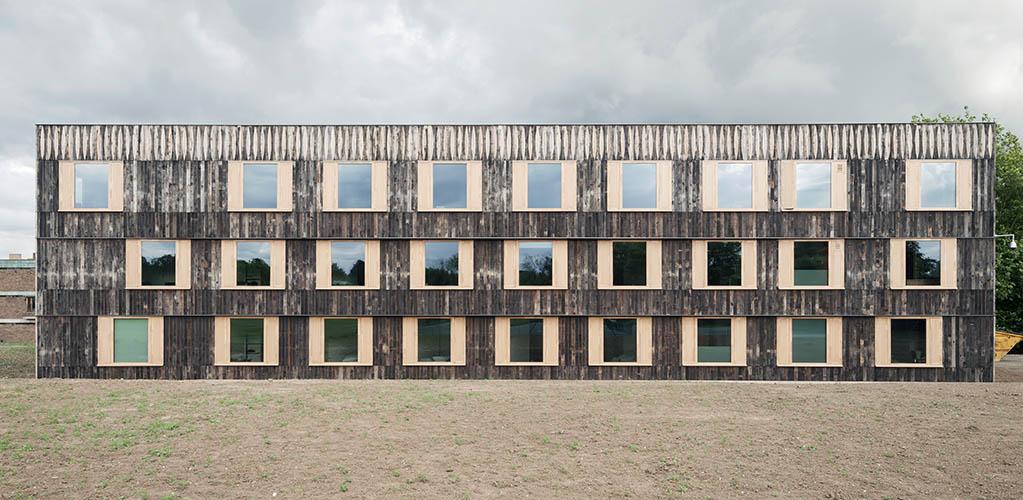 6a architects, Cowan Court, Churchill College, University of Cambridge, 2016 © Johan Dehlin