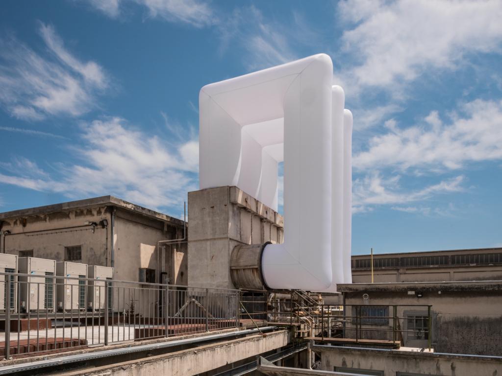 Lang/Baumann. Comfort #17. Tissu polyester, ventilateur. 2018 Nice © Lang/Baumann