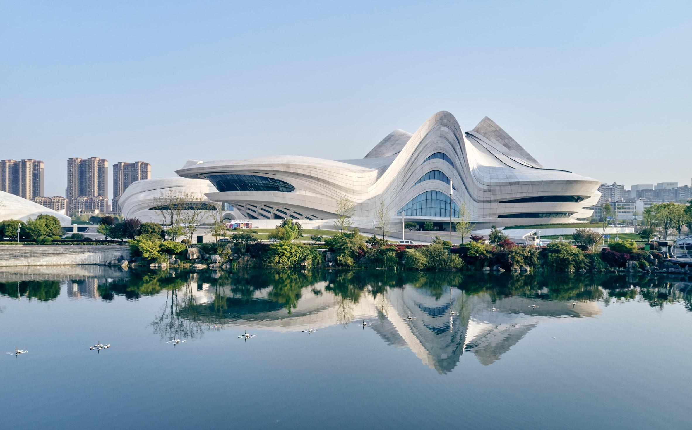 changsha-meixihu-international-culture-art-centre-zaha-hadid-architecture-china_dezeen_2364_col_26