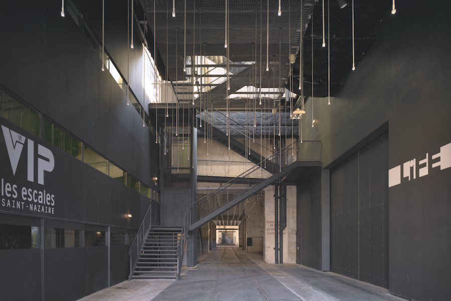 LIN, Alvéole 14. Transformation de 5 200 m2 en espace culturel, 2005.