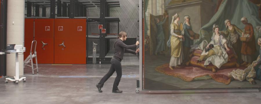 RSHP, Centre de conservation du musée du Louvre, Liévin. Extrait du documentaire « Le Louvre déménage » © Tournez S'il vous plaît